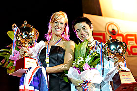 2007 Karaoke World Championship Winners Julie Walter-Sgro and  Lu Hee Wah