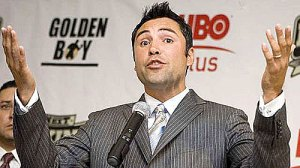 "Oscar De La Hoya Wants Manny Pacquiao for ""Last Fight"""
