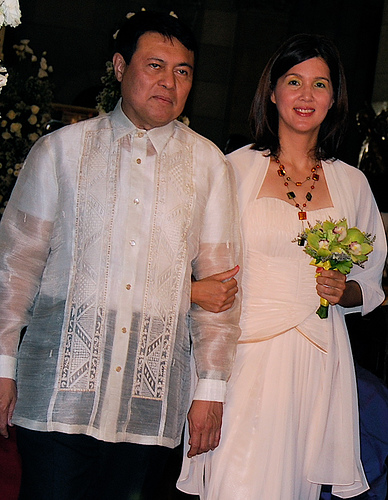 "Senators Manny Villar and Pia Cayetano as Wedding Sponsors (""borrowed"" from vherpaulino2's Flickr account)"
