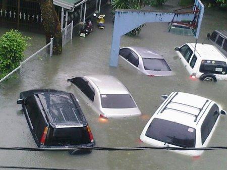 Tropical Storm Ondoy (Ketsana) Floods Metro Manila